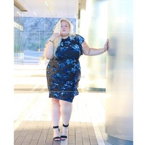 Blue velvet mix plus dress